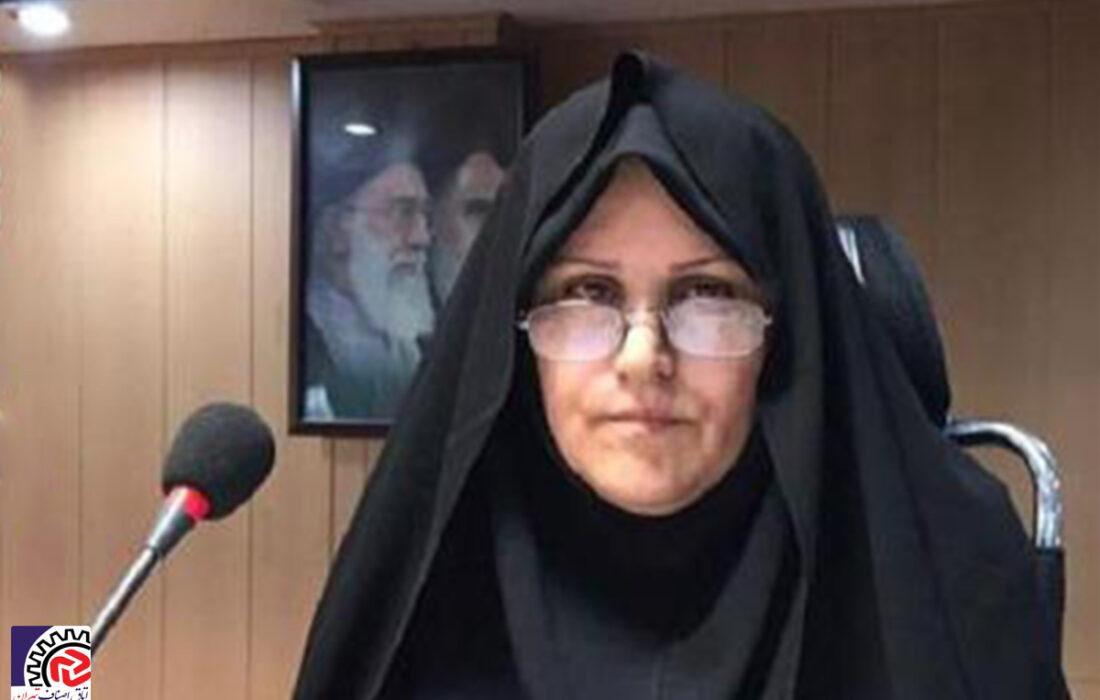 شهربانو عابدی رئیس اتحادیه آرایشگران بانوان؛ هفته نیروی انتظامی را بر جان برکفان و حافظان امنیت تبریک گفت